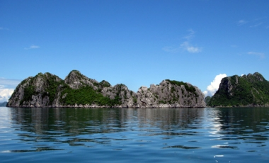 Bai Tu Long Bay - A national treasure